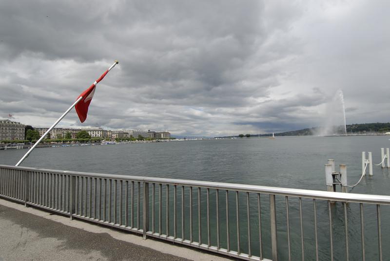 070626 7402 Switzerland - Geneva - Downtown Hiking Nyon David _E _L ~E ~L.JPG