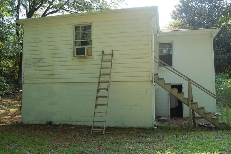 2008 07-19 Atlanta, GA - Side view of Mrs. Bailey's house before renovation.