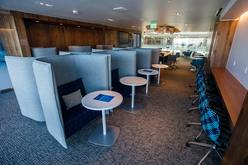 012721_services_amex_lounge-100.jpg