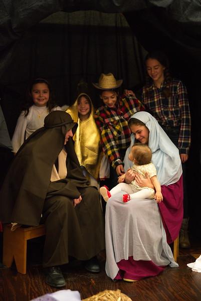 2014-12-21-Christmas-Pageant_219.jpg