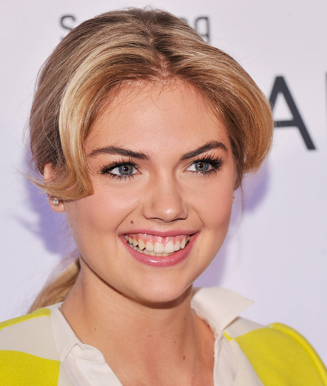 . NEW YORK, NY - MARCH 20:  Model Kate Upton attends Samsung\'s 2013 Television Line Launch Eventat Museum Of American Finance on March 20, 2013 in New York City.  (Photo by Stephen Lovekin/Getty Images)