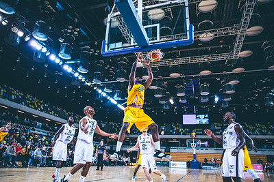London Lions v Newcastle Eagles