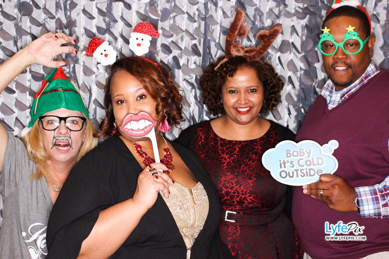 red-hawk-2017-holiday-party-beltsville-maryland-sheraton-photo-booth-0187.jpg