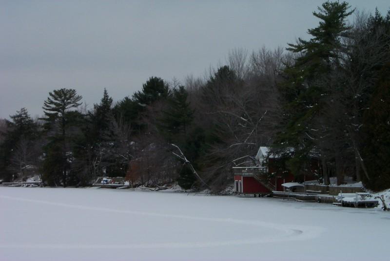 2000 December Laurel Lake Construction