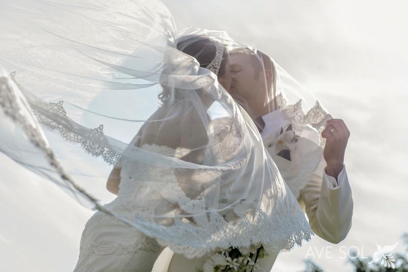 Cristina-Andrew-4-Newlyweds-12.jpg