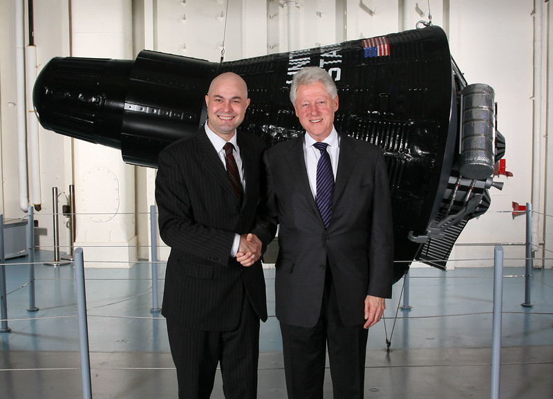 Rossa Cole and President Clinton.jpg