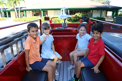 10.25.2018: Firetruck Visit to Lower School
