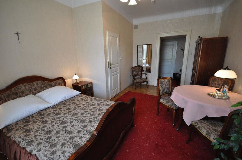 hotel-pollera-krakow1.jpg