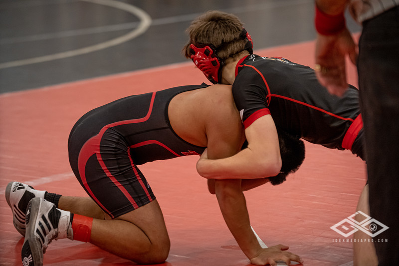 Wrestling at Granite City-09160.jpg