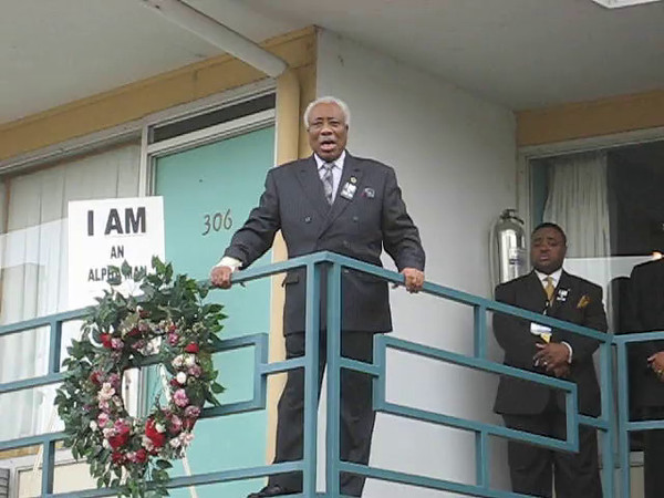 MLK Wreath Laying - Loraine Hotel - Memphis TN