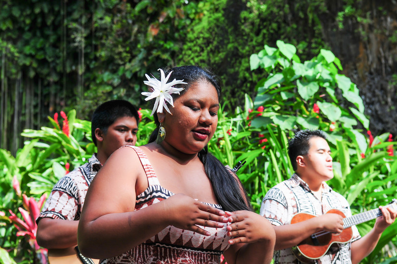 Fern Grotto singers and dancers.jpg