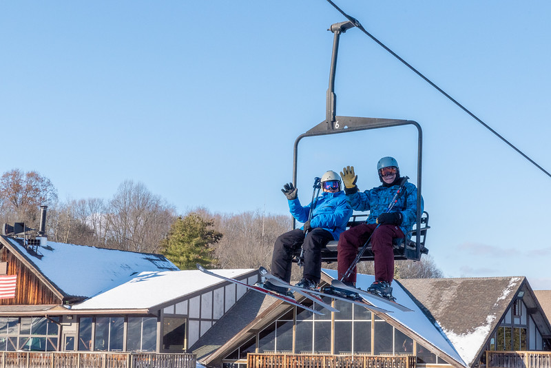 Opening-Day_12-7-18_Snow-Trails-70624.jpg