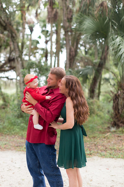 Holiday Minis- Heliin Family-35.jpg