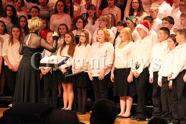 12-01-14 NEWS Antwerp MS Choir Concert