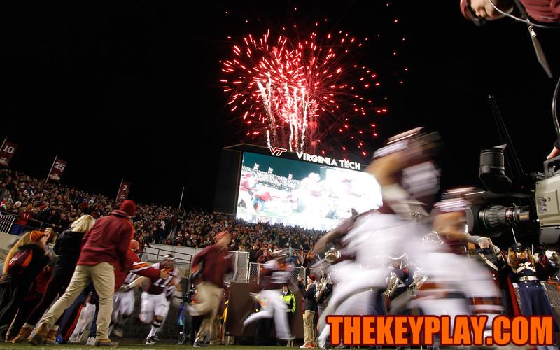 The Hokies take the field during Enter Sandman. (Mark Umansky/TheKeyPlay.com)