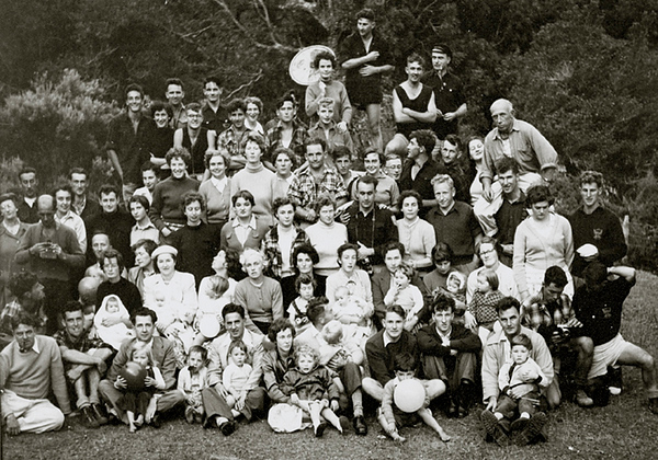 1952 Wgtn CTC Inter-club sports picnic Photo a.jpg