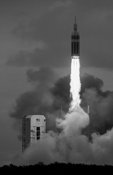 20141205-eft1-liftoff-01.jpg