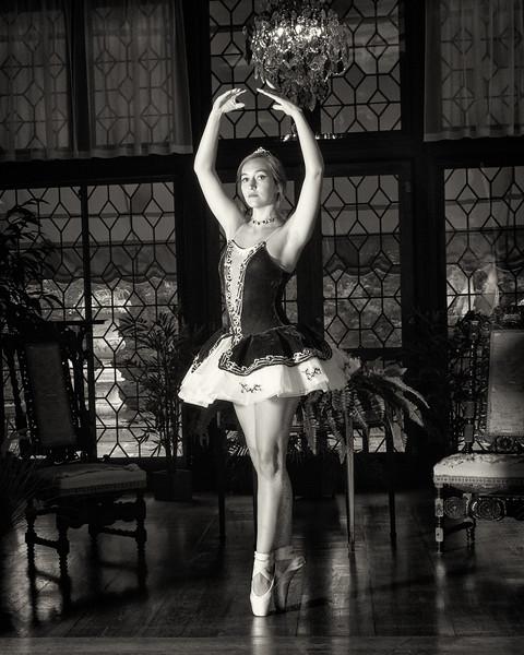 Ballerina Nik F.jpg