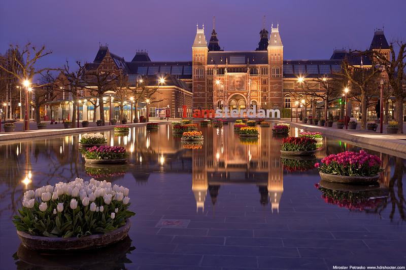 Rijksmuseum in the morning