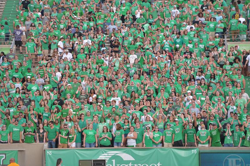 crowd1713.jpg