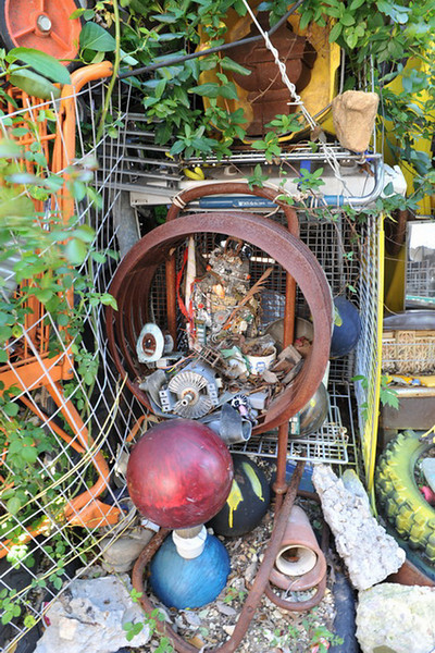Cathedral of Junk 07.jpg
