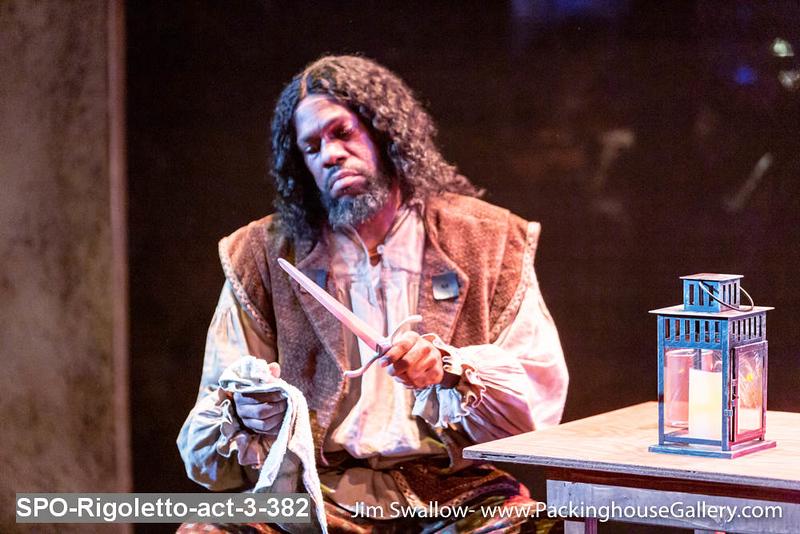 SPO-Rigoletto-act-3-382.jpg