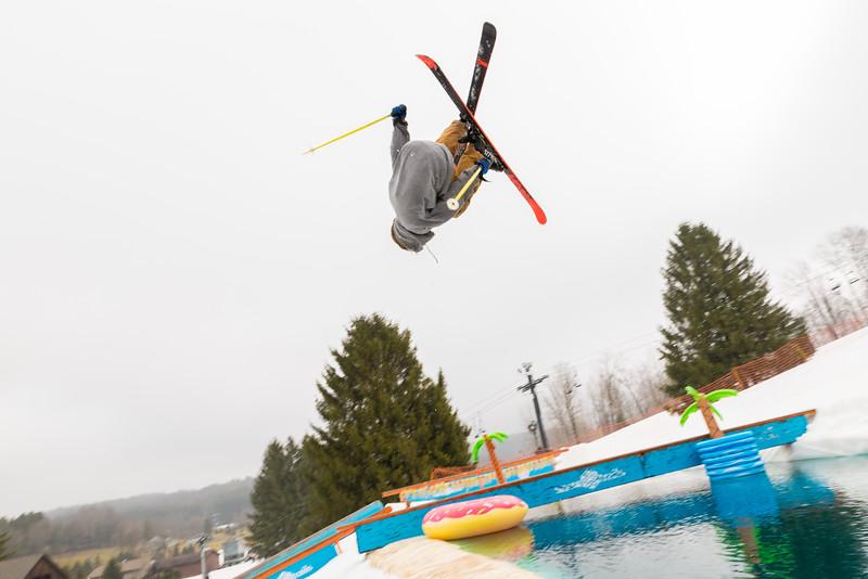 Pool-Party-Jam-2015_Snow-Trails-712.jpg