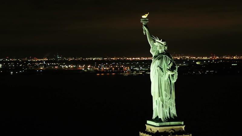 Statue of Liberty night 4k 24p