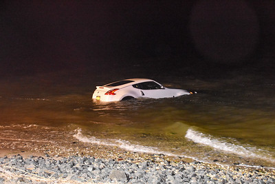 2020.02.16 Mastic Beach Car Into Water Riviera Dr & Lincoln Rd