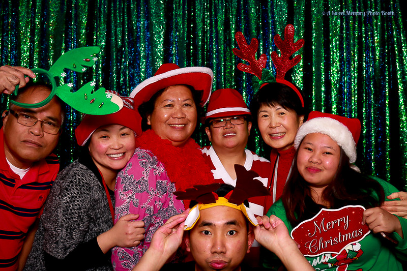 Medtronic Holiday Party -334.jpg