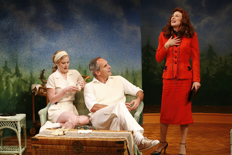 Heidi Armbruster, Anthony Newfield and Leslie Hendrix in SUSAN AND GOD by Rachel Crothers  Photo: Richard Termine