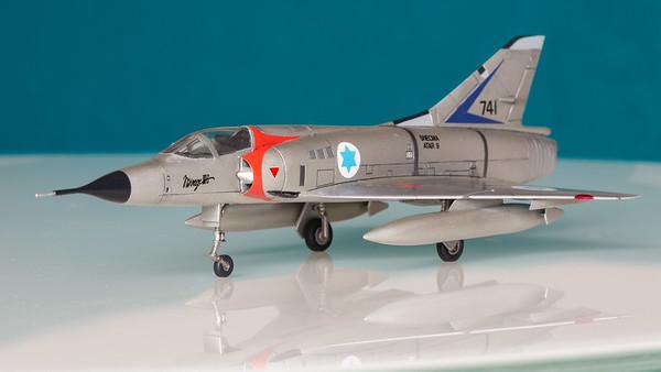 Mirage IIICJ 1/100