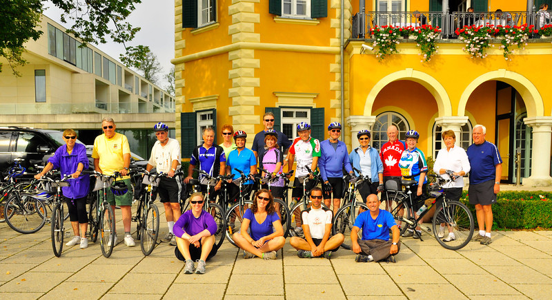 our group and guides in front of Schloss Velden on Worthersee