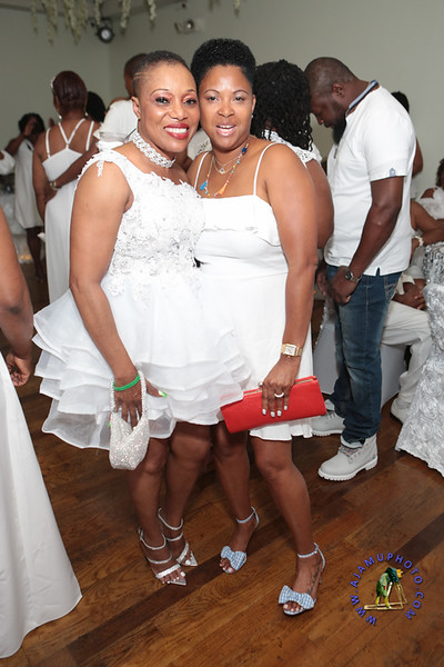 SHERRY SOUTHE WHITE PARTY  2019 re-160.jpg