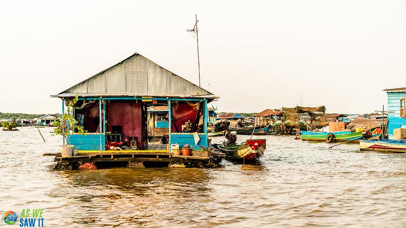 Floating-Village-03301.jpg