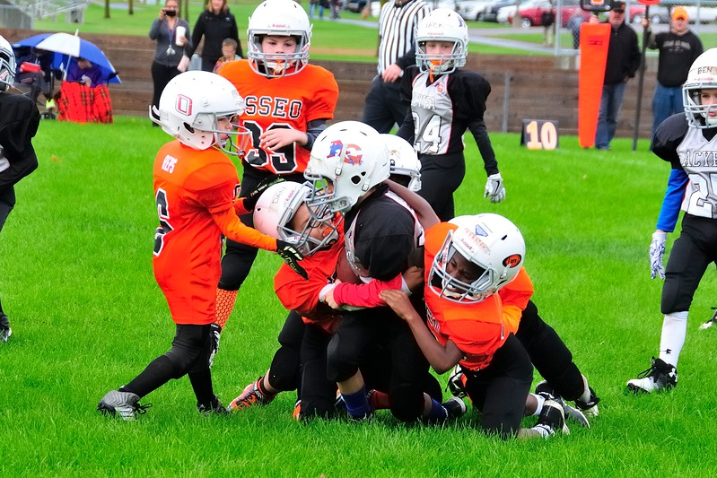 2017-10-07 Owen's Football Game - 3rd Grade 028.jpg