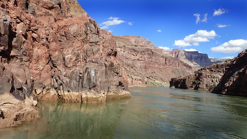 P5091295 river scene .jpg