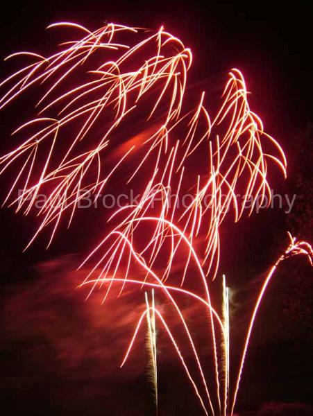 2005_1028tootingfireworks067_edited-1001.jpg