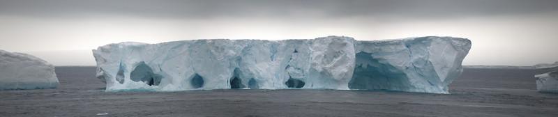 Erebus and Terror Bay Iceberg.jpg