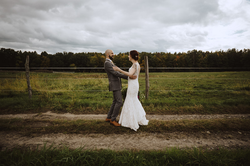 Valley View Farm Bohemian Boho Wedding Western Massachusetts Wedding Photographer 036.jpg