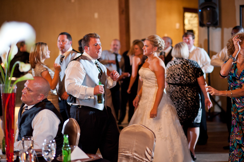 Jim and Robyn Wedding Day-504.jpg
