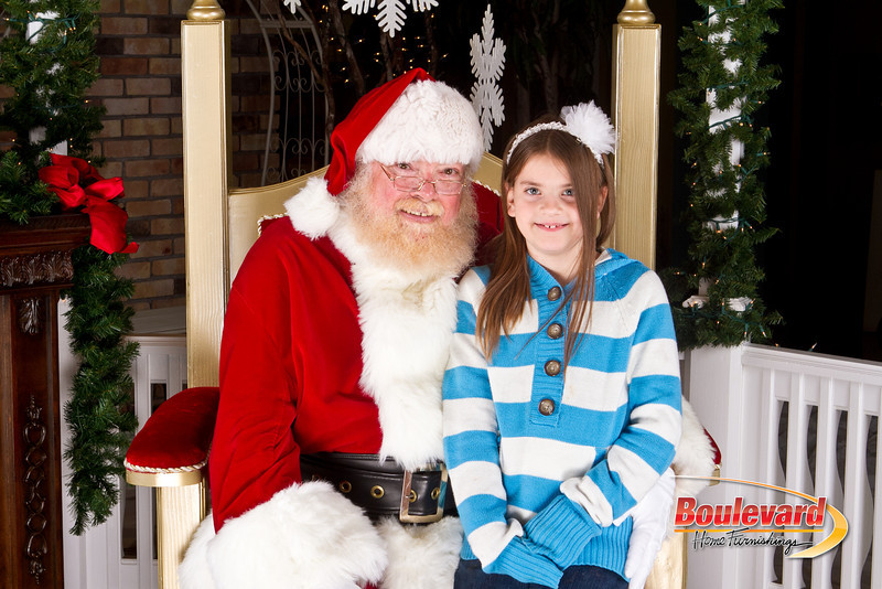 Santa Dec 8-124.jpg