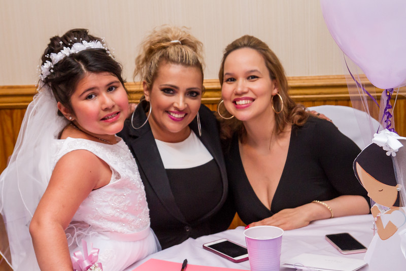 Mikayla and Gianna Communion Party-47.jpg