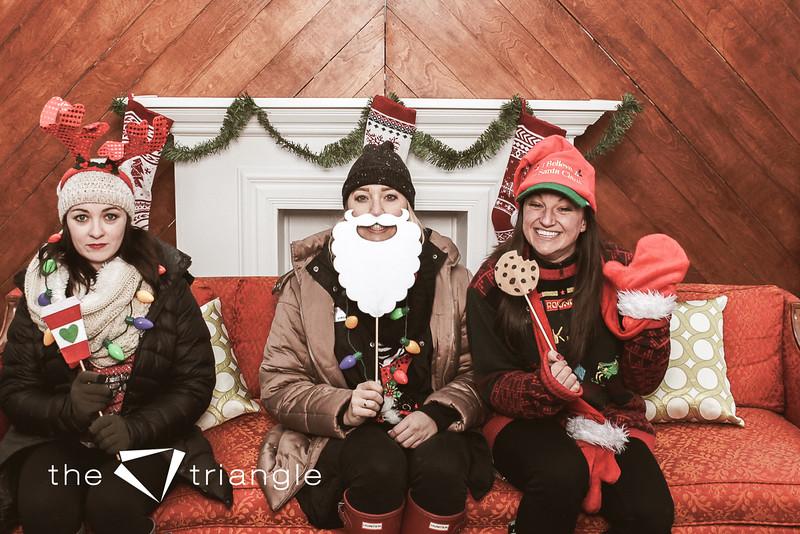 awkward-family-photo-booth-005.jpg