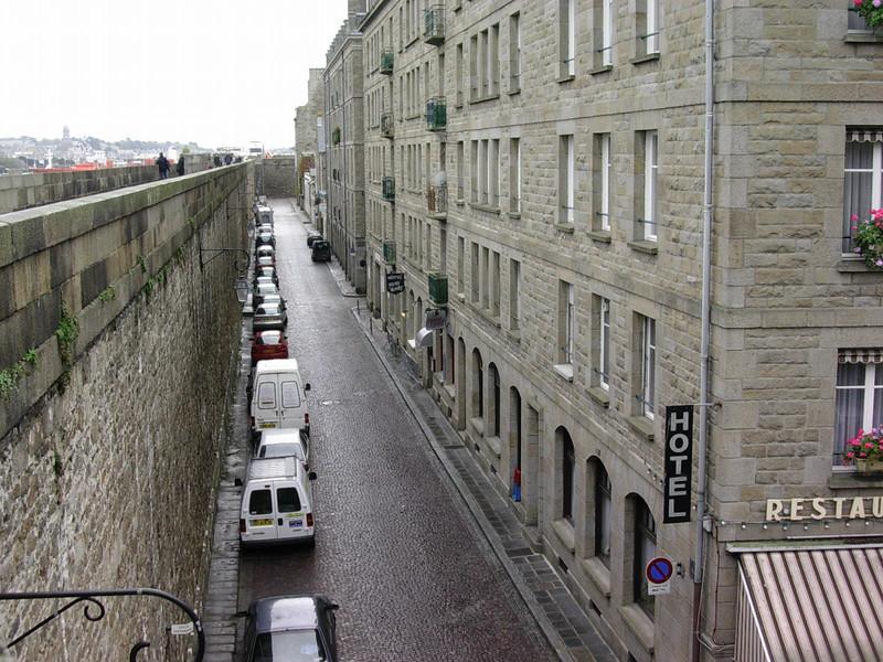 Rue de Chartre fra bymuren (Foto: Ståle)