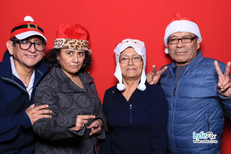 eastern-2018-holiday-party-sterling-virginia-photo-booth-0025.jpg