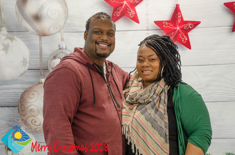 Christmas Photobooth 2018 Sunday-198.jpg