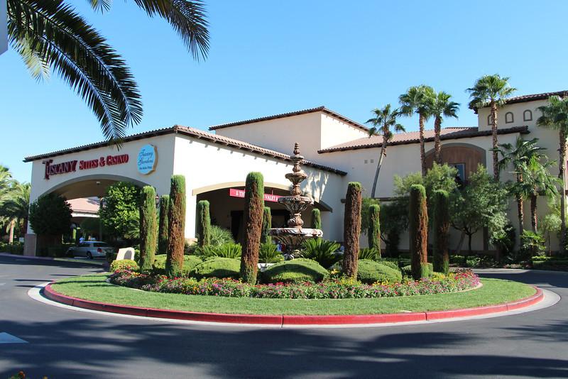Notre hôtel, le Tuscany Suites & Casino