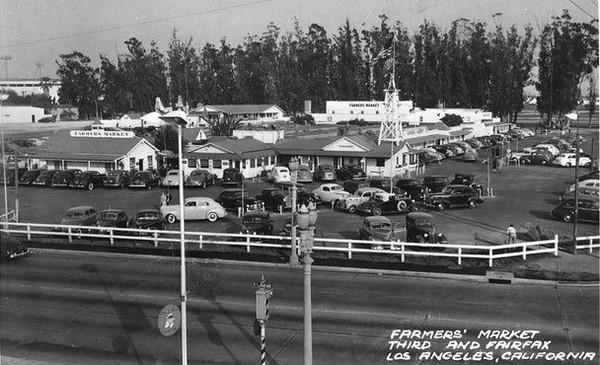 1942-Third&Fairfax-Farmer'sMarket.jpg