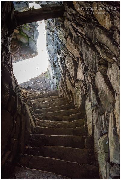 Dun Troddan broch, Gleann Beag, Glenelg - internal stairs